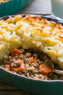 The BEST recipe for an Easy Shepherds Pie! Perfect comfort food for your family! | This recipe is Gluten Free and Dairy Free with Paleo and Whole30 options |