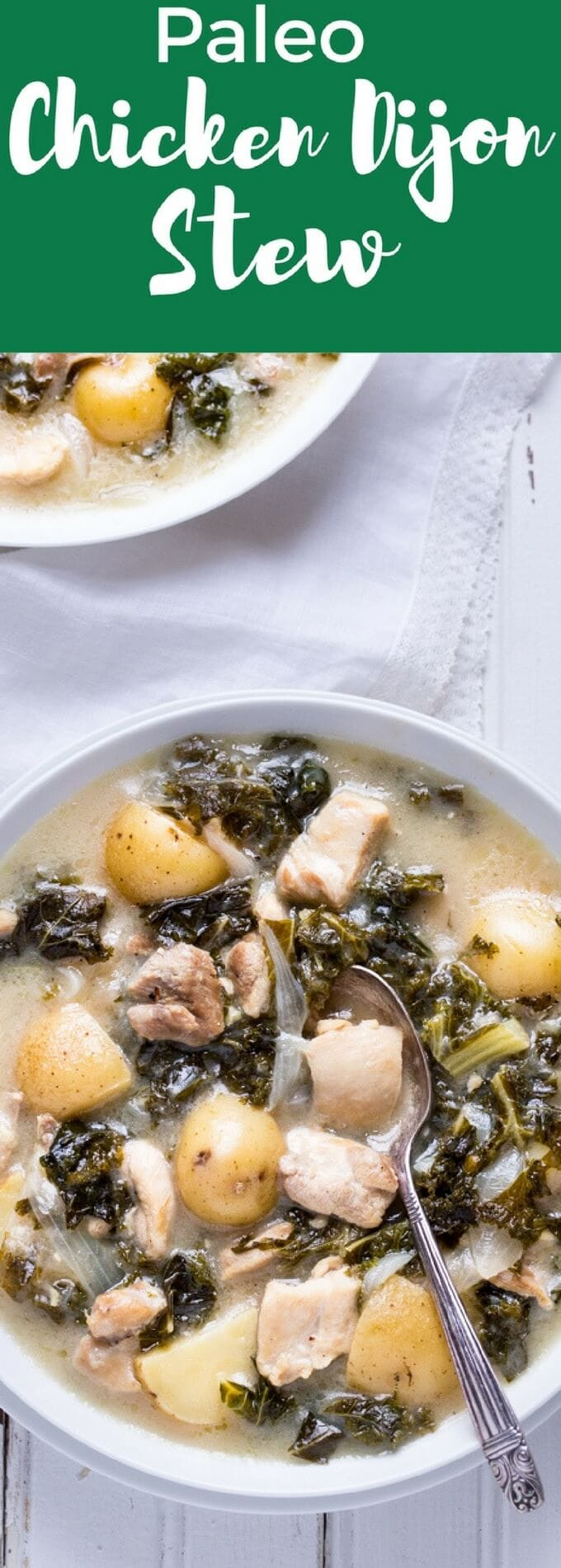 Paleo Chicken Stew with Kale and Potatoes - So simple to make and with ingredients you can find anywhere! Perfect comfort food your whole family will love! | gluten free | paleo | primal | dairy free |