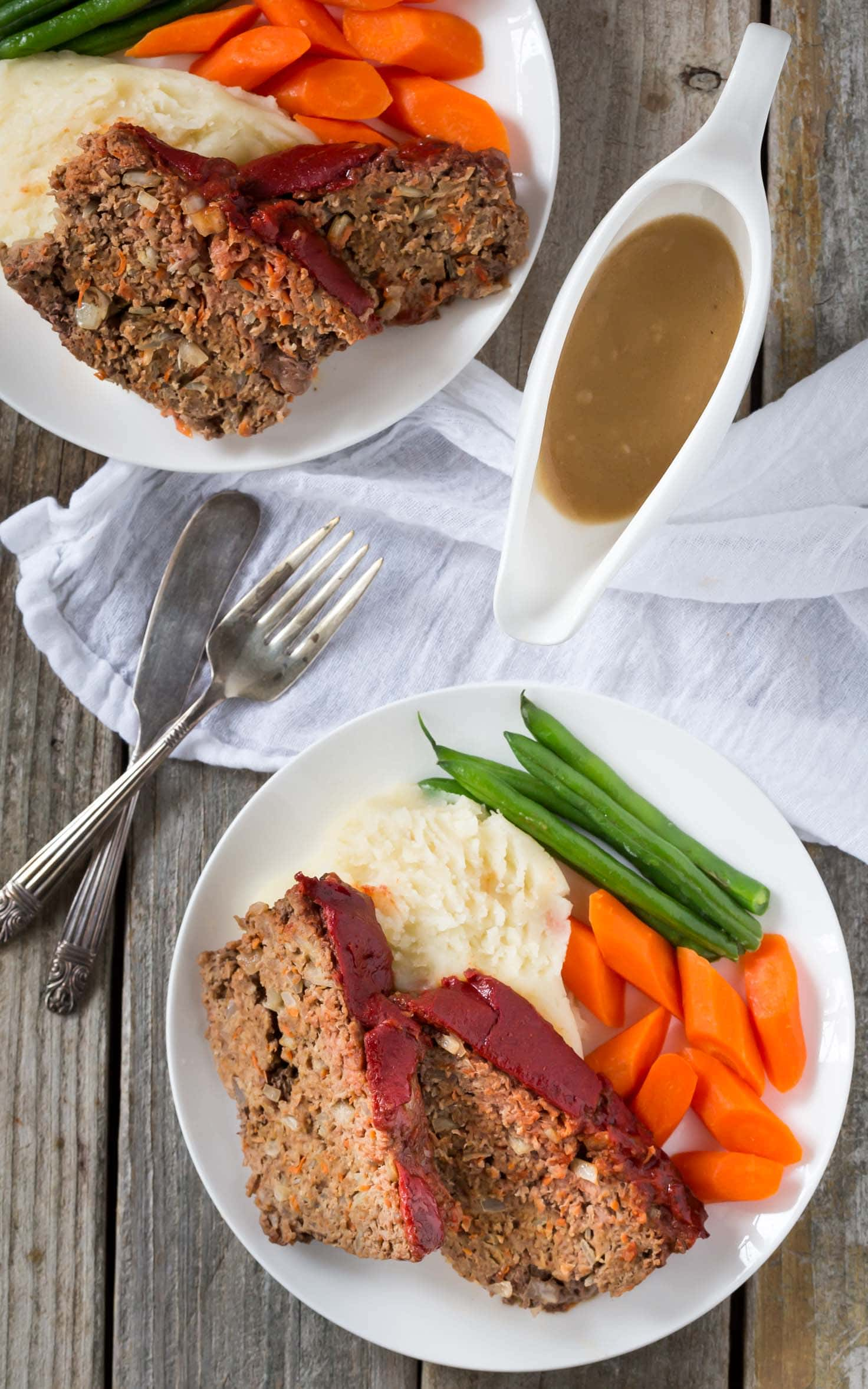 Perfect for a weeknight meal! This gluten free, Paleo and Whole30 Meatloaf is packed with flavor and added vegetables! Make it with beef, pork or turkey