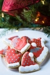 Cookie Decorating Tutorial for Christmas Hat and Mitten Cookies