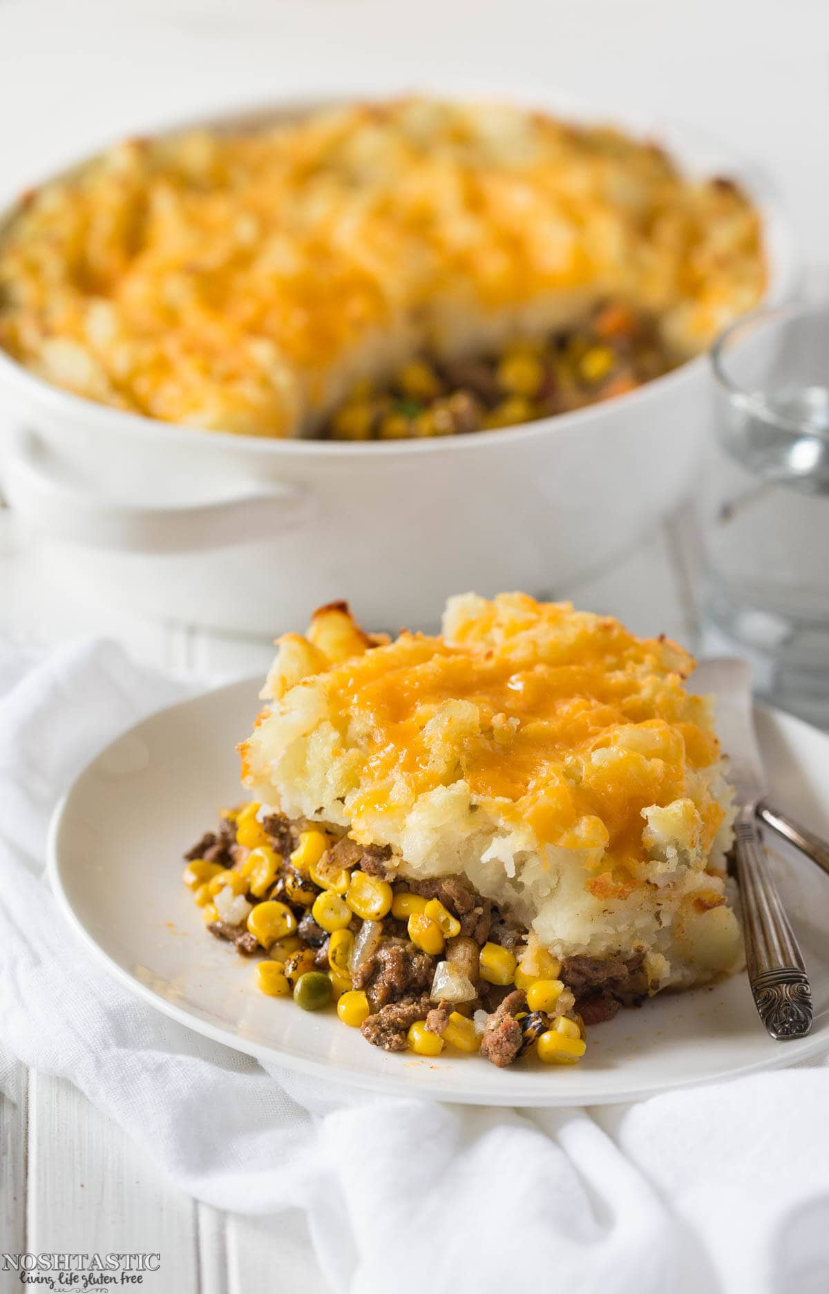 Healthy Taco Shepherd's Pie recipe with the best flavors! Paleo, whole30 and gluten free, made with ground beef and spices, cheese is optional.