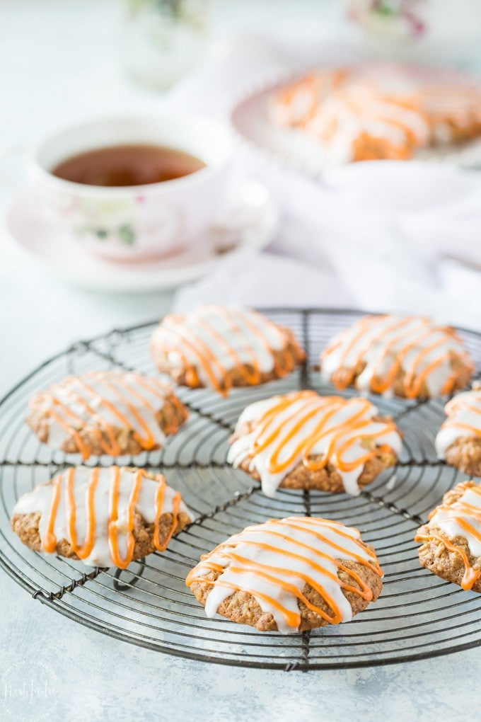 You can cook these INSANELY delicious Gluten Free Pumpkin Spice Oatmeal Cookies TODAY! A very simple recipe that anyone can bake, they have a soft cakey texture. In collaboration with Pamela's Gluten Free Products.