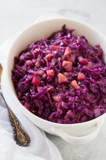 pressure cooker braised red cabbage and apple recipe in your Instant Pot or Electric Pressure cooker, it only takes 5 minutes, it's perfect to serve with most meats and of course it's gluten free, vegan, vegetarian, and low calorie, and has a paleo and vegan option.