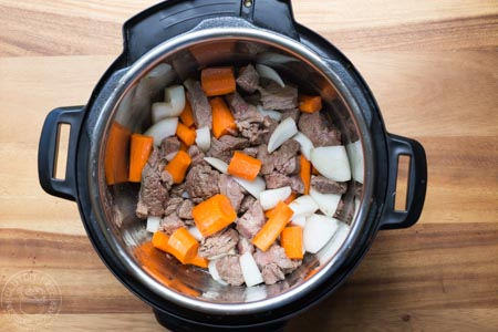 step by step guide to pressure cooker beef bourguignon - step two