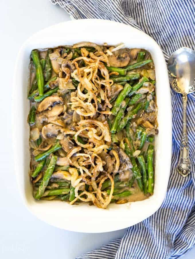 Easy Paleo Green Bean Casserole for Thanksgiving #paleo #whole30