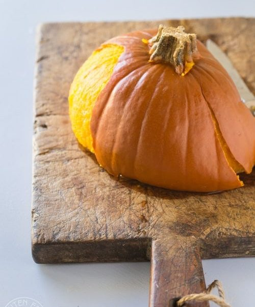 How to Cook A pressure cooker pumpkin Whole! it's really quick and easy and the skin slips right off! #instantpot #instapot #pressurecooker #instantpotpumpkin #instantpotpaleo
