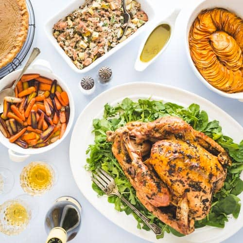 A Complete Paleo Thanksgiving menu that is fit for a king! With tasty options for all family members, even those that are not following a Paleo diet. #paleo #paleothanksgiving #paleoturkey #paleogreenbeancasserole #paleopumpkinpie #paleodessert