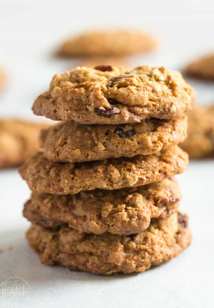 gluten free oatmeal raisin cookies recipe for the best chewy oatmeal cookies ever! | www.noshtastic.com | #glutenfreecookies #glutenfreebaking #glutenfree #oatmealraisin #noshtastic