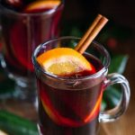 It's very easy to make mulled wine on the stove or in your crockpot or slow cooker! #Glühwein #mulledwine #noshtastic