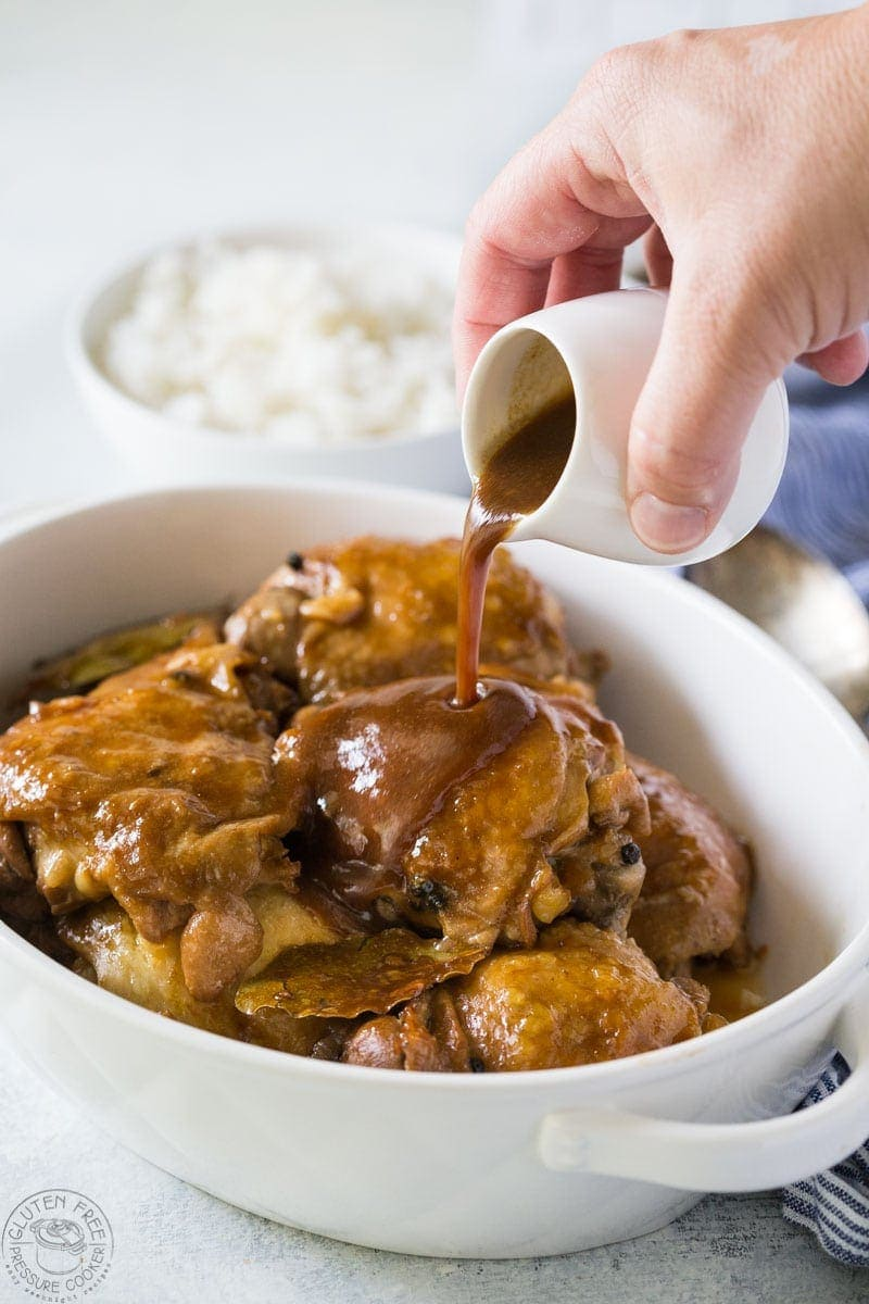 Easy recipe for Filipino Chicken Adobo that you can make in your pressure cooker! EAsy Low Carb Chicken recipe | www.noshtastic.com | #adobochicken #instantpotadobochicken #filipinoadobochicken #lowcarb #keto #pressurecookerchicken #instantpot #instapot #electricpressurecooker #glutenfreepressurecooker #glutenfreeinstantpot #glutenfree #paleo #whole30 #noshtastic
