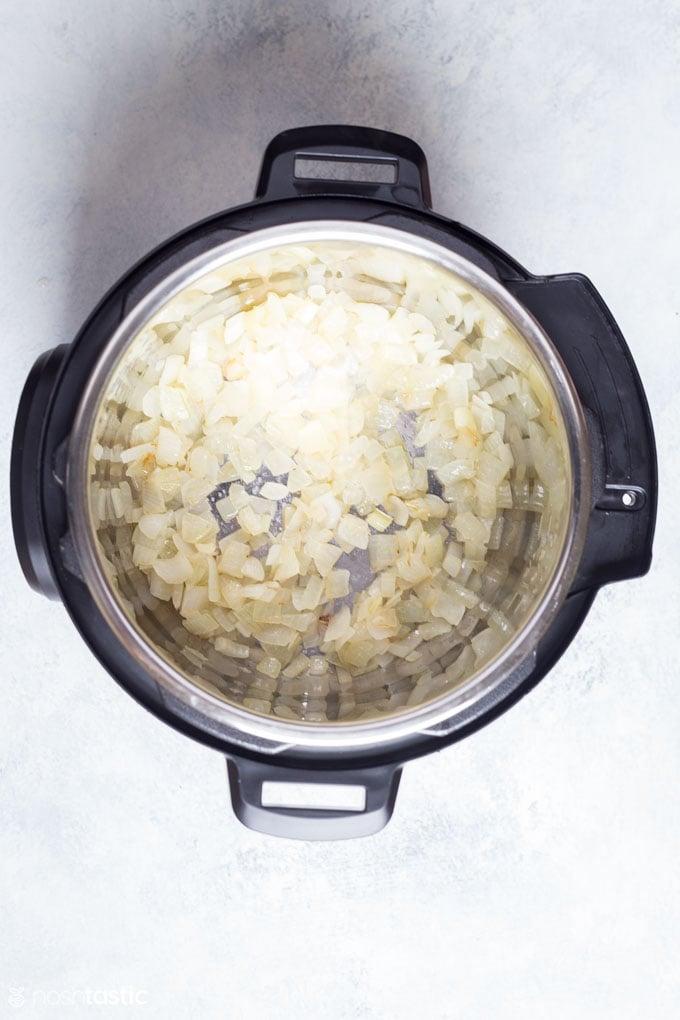 How to make Instant Pot Brunswick Stew step 1