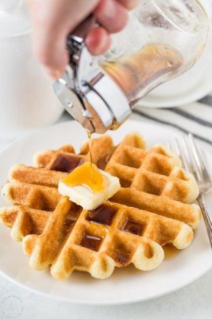 Easy Keto Waffles Recipe with Almond Flour! perfect low carb waffles make the best keto breakfast! | www.noshtastic.com | #keto #ketodiet #ketowaffles #waffles #lowcarbwaffles #ketogenic #ketorecipes #ketogenicdiet #lowcarb #noshtastic #glutenfree