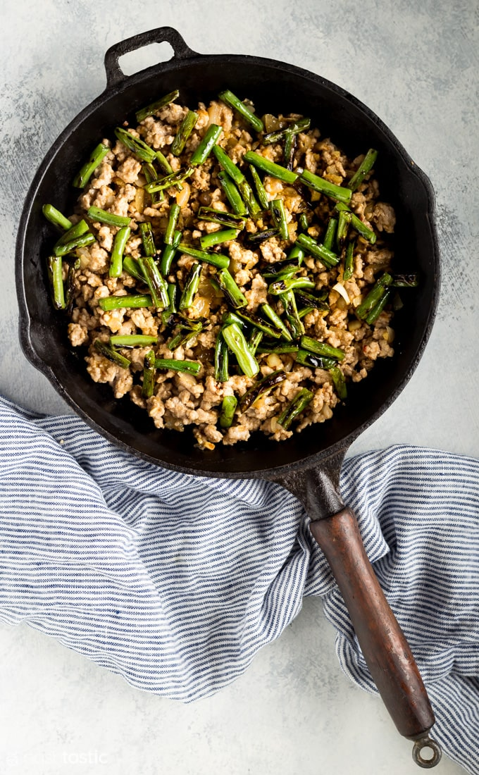 | www.noshtastic.com | #noshtastic #glutenfree #lowcarb #keto #ketodiet #ketogenic #ketorecipes #ketogenicdiet #lowcarbrecipe #recipe #paleo #paleodiet #whole30 #w30 #pork #dinner #greenbeans #stirfry #chinese #takeout #easy #maincourse
