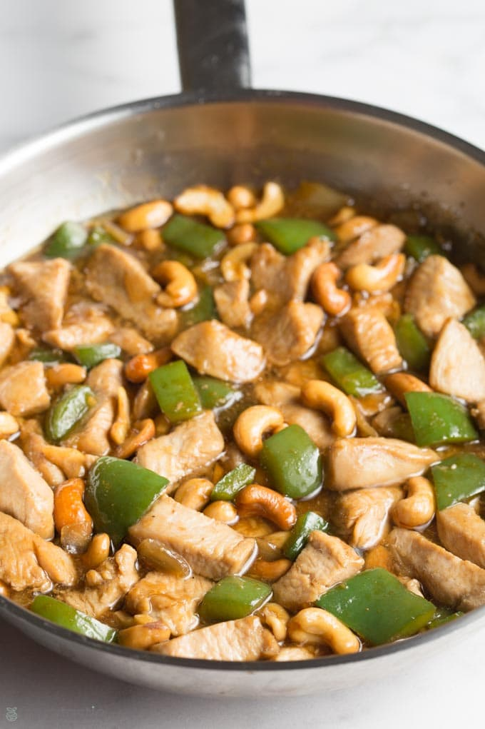 low carb cashew chicken in a pan